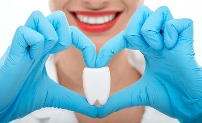 Приглашаем на профилактический приём в стоматологию!